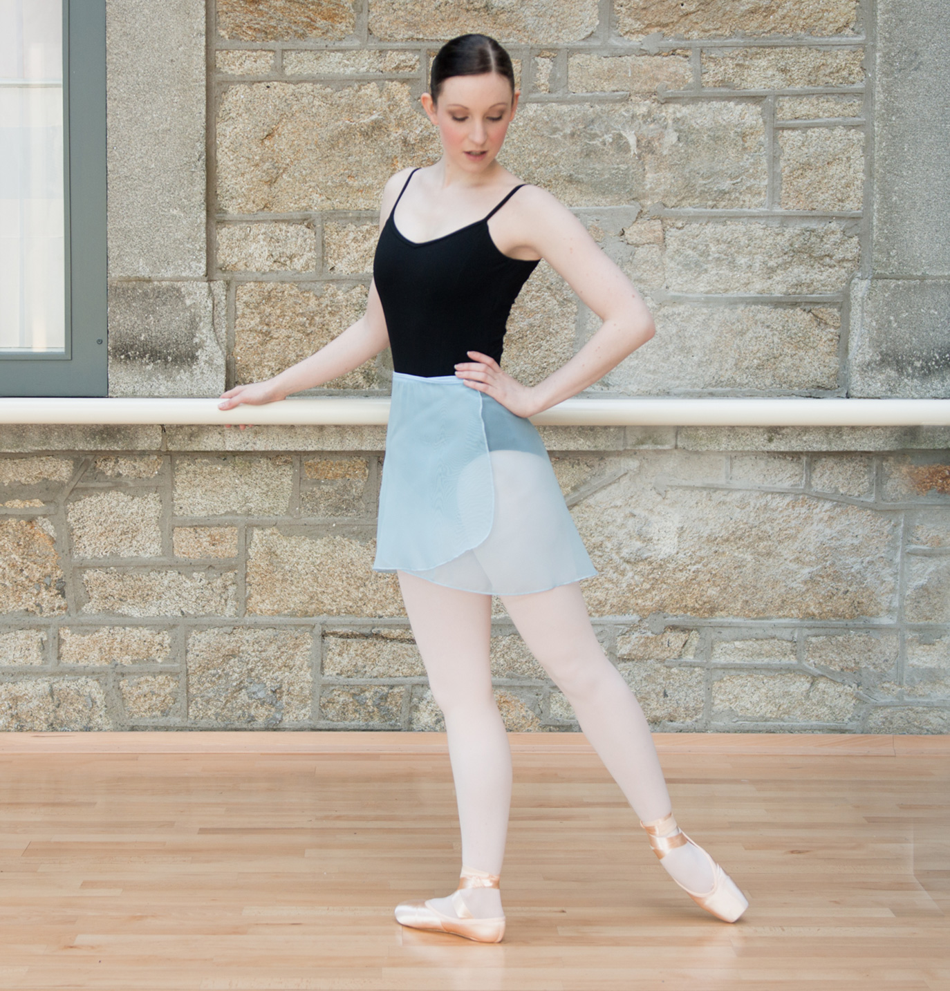 How To Wear Leg Warmers With Ballet Shoes